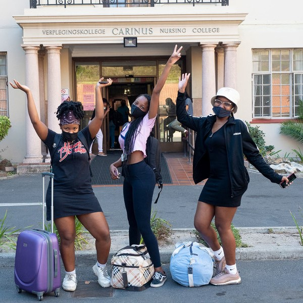 2021-04-26_Post-UCT–Fires-return-to-residences-37 square